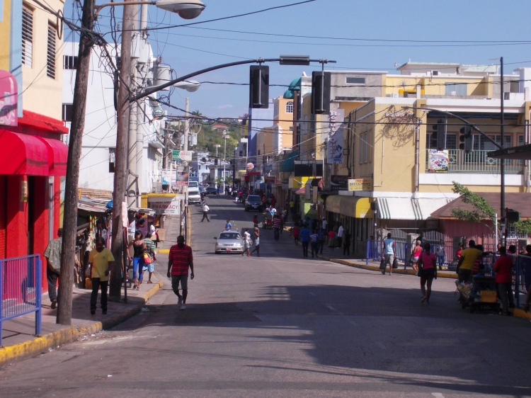 Street_in_Montigo_Bay_Jamaica_Photo_D_Ramey_Logan